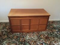 Parker Knoll - Nathan teak wood TV unit