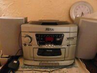 Venturer portable radio, cassette player and 3 cd changer (not DAB)