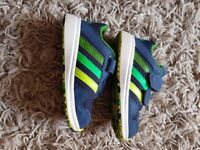 Boys Adidas Trainers size 6 Infant