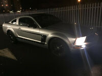 FORD MUSTANG 4.0 V6 AUTO SILVER WITH BLACK AWESOME CAR NEEDS TO BE SEEN AND DRIVEN