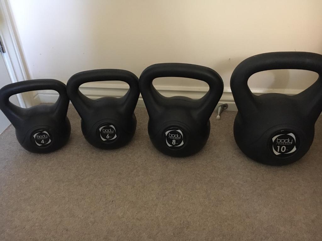 Kettlebell Setin Shaftesbury, DorsetGumtree - Complete set of kettlebells. 2kg, 4kg, 8kg, 10 kg. Used a couple of times like new!!