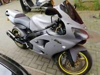 Kawasaki ZX6R 600cc superbike