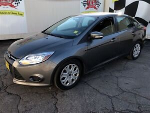 2014 Ford Focus SE, Heated Seats, Only 35,000km