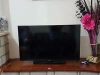 Samsung 40in LED with built in freeview UE40h4200aw