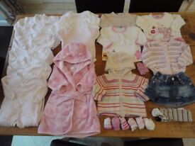 6-9 Mths Girls Autumn/Winter Clothes Bundle (22 items)