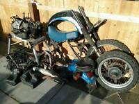 Suzuki DR600 spares job lot
