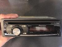 Pioneer DEH 1000E stereo with front aux port