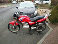 Suzuki EN125 Red for sale