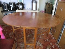 DROP LEAF DINING TABLE + 4 CHAIRS