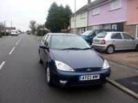 2003 Ford Focus 1.6 16v Ghia 5dr Petrol, manual, electric windows, CD player, air-conditioning, etc.
