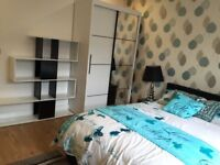 Bed roomsNewly renovated, Luxury rooms,all bills included,New furniture,close to Transport, city,Uni