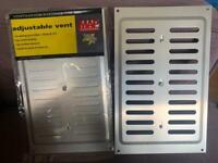 """2x adjustable 9"""" x 6"""" aluminium air vents"""