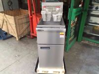 CATERING COMMERCIAL NEW TWIN TANK GAS FRYER FAST FOOD TAKE AWAY CAFE SHOP RESTAURANT FRIED FOOD SHOP
