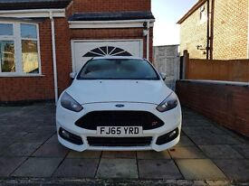 FOR SALE!! FORD FOCUS ST 3, DIESEL 2.0l - Mileage 13,700 , WHITE - £18,000 ONO!!!