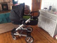 Pram - newborn travel system (Mamas & Papas)