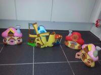 Set of 4 Smurfs houses