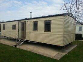 Static cavan at Rockley Par,k Poole. 2 bedrooms sleeps 4. Available for winter lets