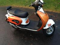 2011 SACHS BEE 50cc MOPED RETRO VESPA STYLE MINT CONDITION swap