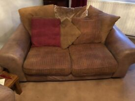 4 and 2 seater settees