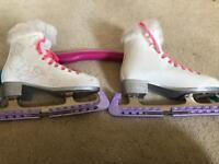 Oxelo beginners figure skates