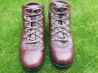 Mens walking boots.