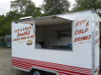 Snack van, burger van ( trailer) Fully fitted. Steel worktops, hotplate, fridge freezer and more