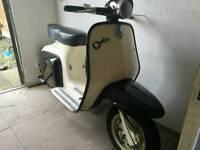 Lambretta J Cento