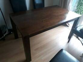 Solid dining room table 150x90