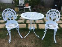 Lovely Metal Garden Bistro Set/Patio Set/ Table and Chairs