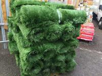 3.3ftx10ft artificial grass £20 per roll