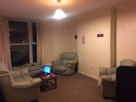 1 bedroom flat in Bryn Rd, recently refurbished, All bills included. (STUDENTS ONLY )