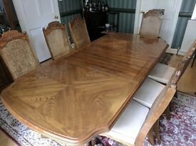 Elegant Extending Dining Table with 6 chairs and carver