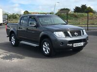 2015 NISSAN NAVARA DOUBLE CAB 2.5 DCI VISIA. AS NEW THROUGHOUT WITH 13000 MILES AND NO VAT. NO VAT.
