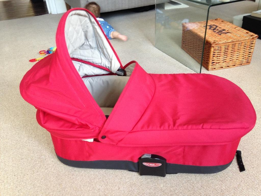 Micralite Carrycot With Mattress And Maxi Cosi Adapters