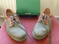 Clarks Green & Brown Suede lace up shoes – size 9