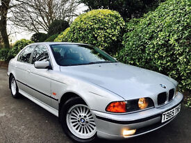 **SUPER LOW MILEAGE+LTHR** BMW 523i SE AUTO + F/SERV HISTORY + SAME FAMILY OWNED + OUTOFTHEBOX CAR!