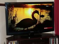 "Panasonic LCD TV 37""."