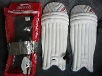 SLAZENGER BATTING PADS - PADDED SHIN & KNEE BOLSTER BARS, QUICK RELEASE STRAPS IN CARRYING BAG
