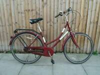 RRAL Classic ladies town bike. 3 speed. In go9d condition