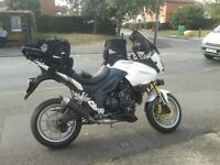 Tiger with lots of extras, heated grips, touring screen, uprated suspension