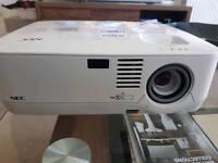 NEC NP300 Projector