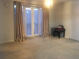 SPACIOUS TWO BEDROOM FLAT NEAR TRAIN STATION