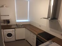 2 Bedroom Flat, Montpelier/St Paul's/St Werburghs. Fully Refurbished with off street parking