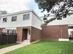 $275,000 - Condominium for sale in Oshawa