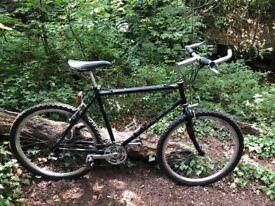 "Claud butler mountain bike 21 gears 20"" frame 26"" alloy wheels"
