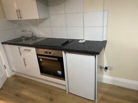 Studio Flat to rent in NW9