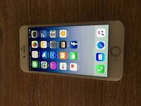 iphone 6 silver 16gb UNLOCKED to any network immaculate condition