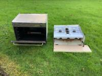 Caravan gas cooker and hob
