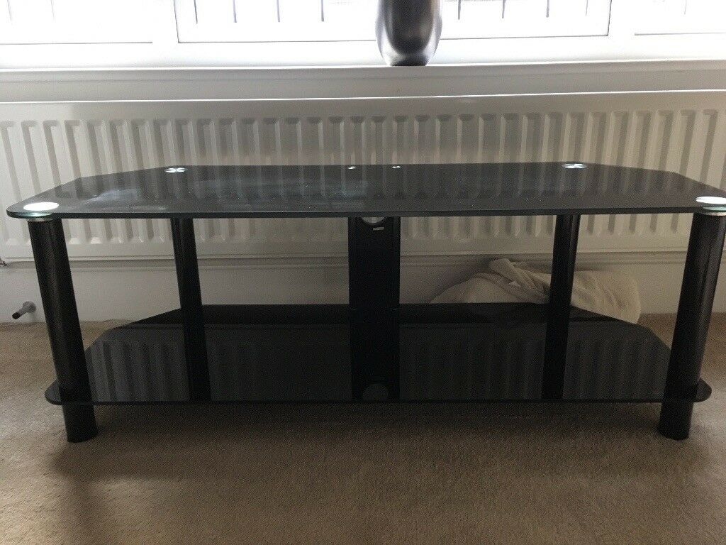 Tv Stand In Wakefield West Yorkshire Gumtree # Table Tv En Coin