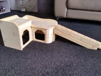 Guinea Pig HOUSE and RAMP - brand NEW - reduced for quick sale